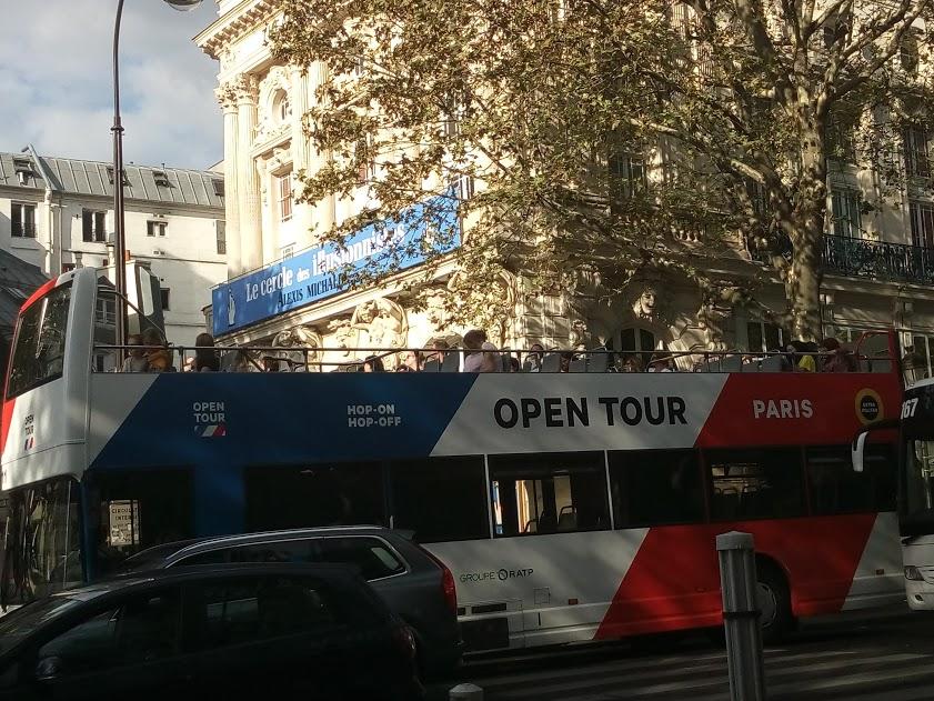 bus-touristique